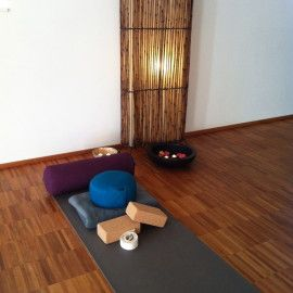 Our Studio - YogaTopia www.yogatopia.ch