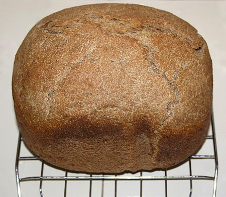 Teljes kiőrlésű kenyér kezdőknek, kenyérsütőgéppel