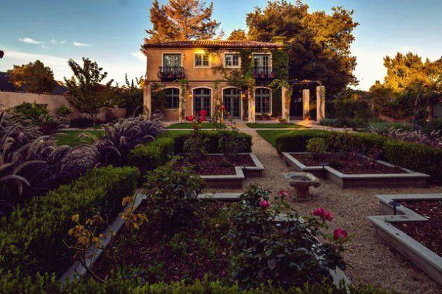 15 Faszinierende Ideen Fur Toskanische Garten Die Sie Begeistern Werden In 2020 Toskanischer Garten Landschaftsdesign Garten Design