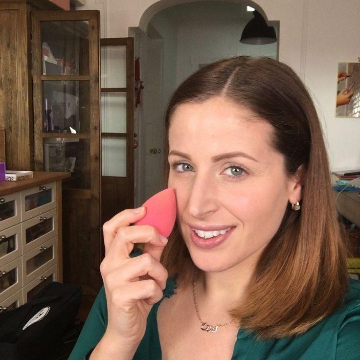 ClioMakeUp Beauty Blender: 5 modi per usarla con diversi prodotti, tecniche e pulizia #makeup