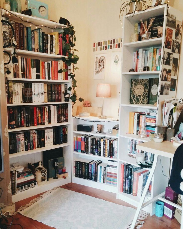 Fancyhomes Having A Mini Library In Your Room Apartmentshowcase Aesthetic Bedroom Room Inspiration Aesthetic
