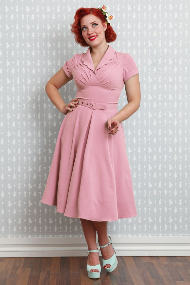 Mariana-Blush - The ultimate housewife dress