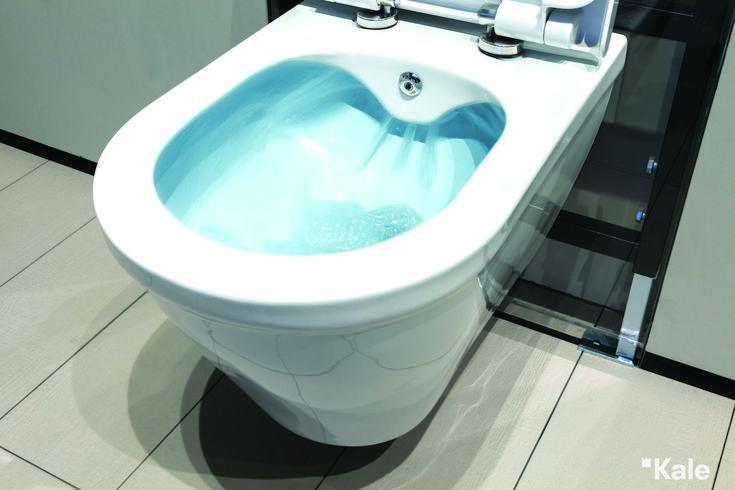 Kanalsız yapısıyla kolayca temizlenebilen Idea SmartYıkama Asma Klozet, yalın tasarımı ve kullanım kolaylığıyla tüm banyolara uyum sağlıyor. #Kale #banyo #smart #tasarım #bathroom #bathroomidea #dekorasyon #dekorasyonönerileri #decorationidea