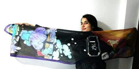 Adriana Baradri con pañuelo Via Tango