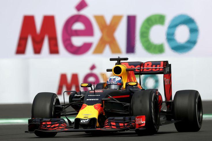 Daniel Ricciardo, Red Bull Racing RB12   Mexico GP   FP
