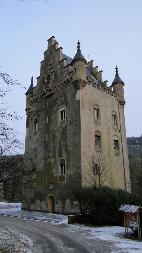 castle hhttp://www.travel-plan-idea.com/5-day-travel-itinerary-for-costa-rica/ollenfels luxembourg