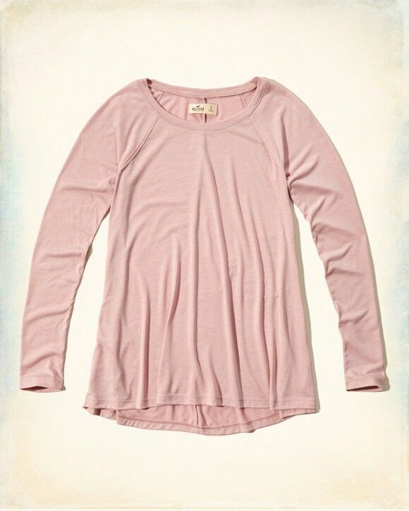 Must-Have Long Sleeve Easy T-Shirt in pink . From Hollister
