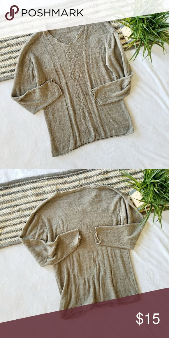 Oversized Cable Knit Sweater Top Thin knit sweater like top with cable knit detail. Beige/brown in color.  ❌No Modeling.  Brand: unknown Size: No tage but can fit up to an XL with a nice oversized fit. Condition: really great condition. No rips, holes or stains.  #sweater #oversized #slouchy #cableknit #knit #oversizedsweater #slouchysweater #cableknitsweater #knitsweater #fall #winter #pinterest #pintereststyle #winterfashion #winterstyle #fashion #style #cheap #styleforcheap #xoxopf…