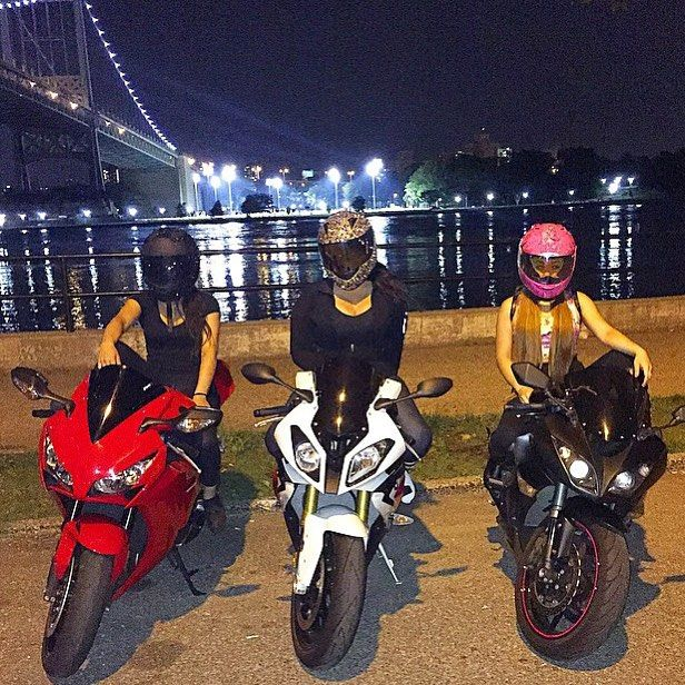 Real Motorcycle Women - redlinebabez (1)