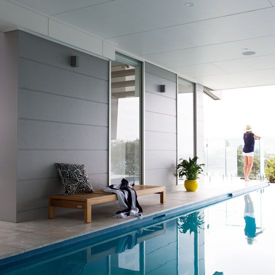 Modern look using Stria Wide 405mm around the pool area.