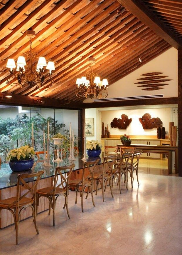 Elegância e rusticidade em casa à beira-mar (Foto: Divulgação) Casa Vogue Brasil