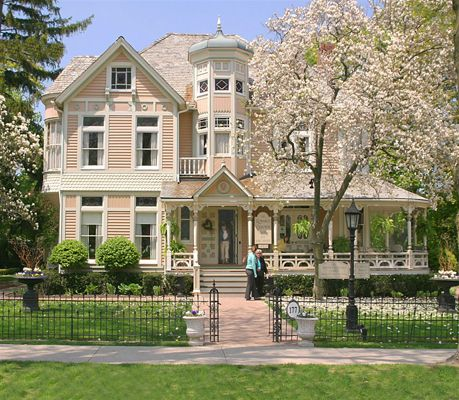 Niagara-on-the-Lake,  Trisha Romance's gallery.  I've collected a ton of her early works!