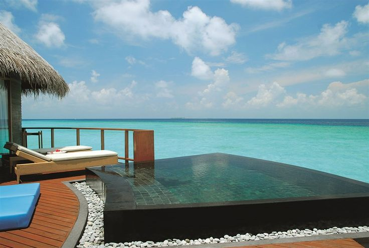 Enjoy the endless view from your own private infinity pool at Constance Halaveli, #Maldives.