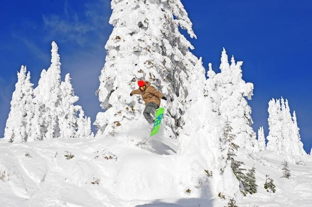 Big White. First place I ever went snowboarding outside of Ontario. AMAZING.