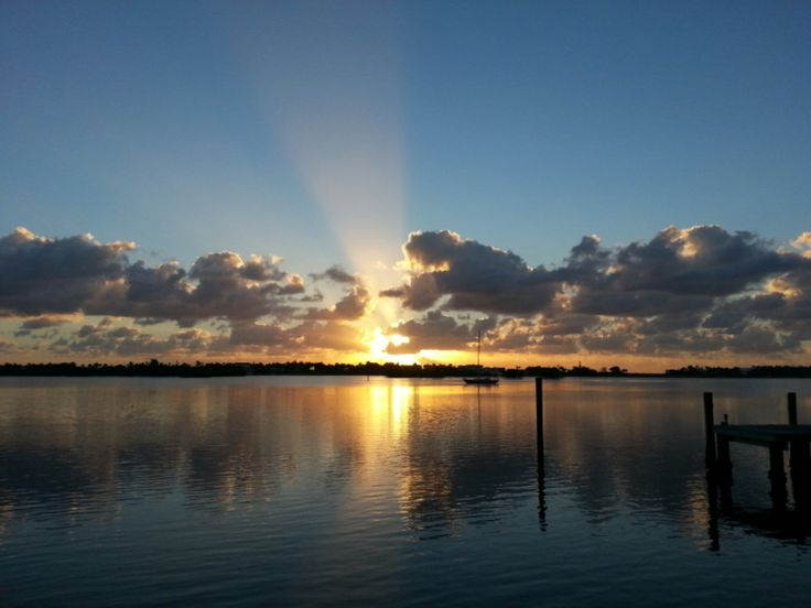 Good morning! Here's to another beautiful week in paradise #ilovewpb