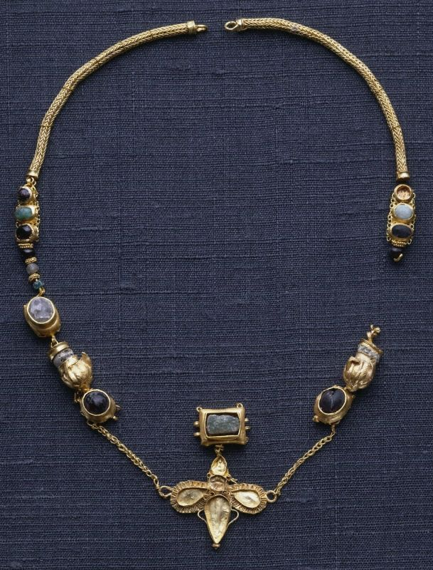 Greek Place made: Northern Black Sea Fragmentary necklace with butterfly pendant, 1st century B.C.–1st century A.D. Gold, garnet, emerald, rock crystal, glass 1999-12