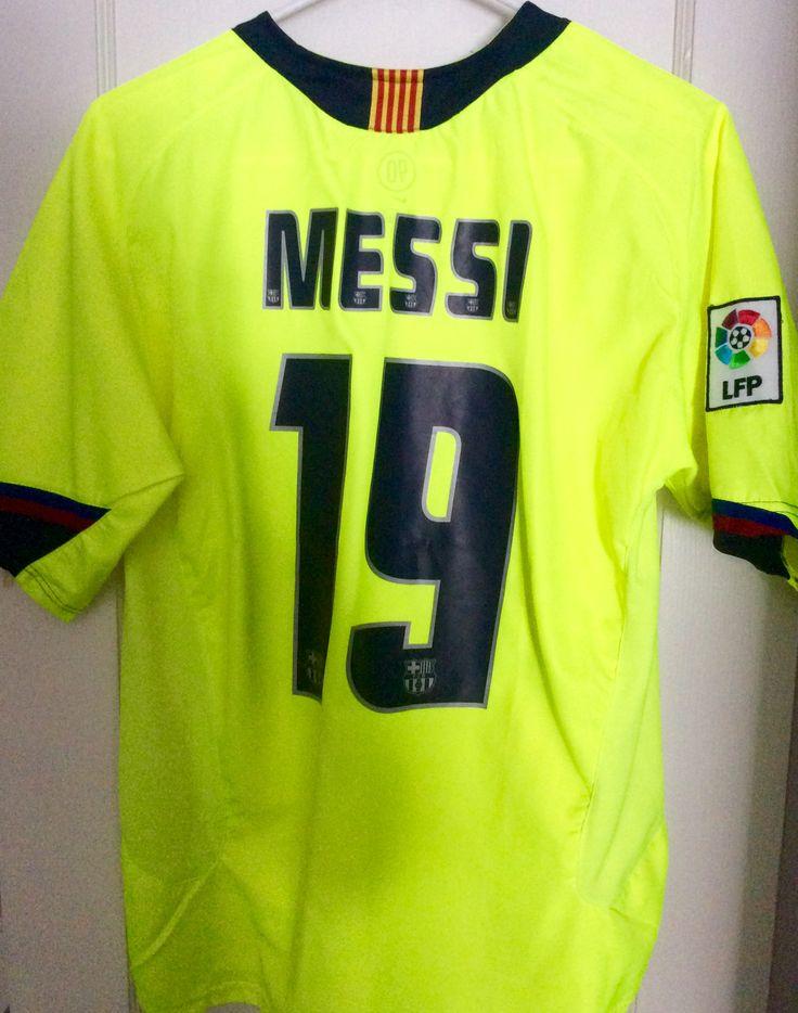 Lionel Messi - Barcelona 2005-2006  Away