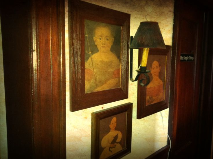 1000 Images About Colonial Foyer Entryway And Hallways
