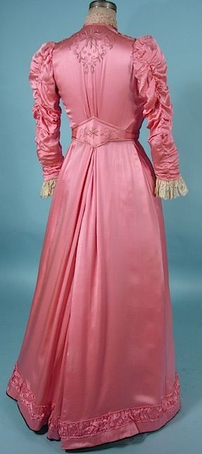 1909/1910 Edwardian Era Bright Pink Silk 2-piece Gown