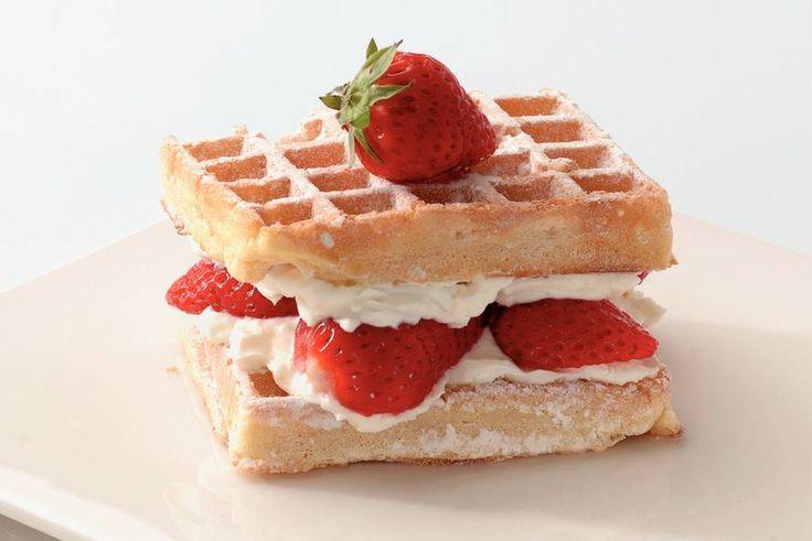 Wafels met kwarktopping en aardbeien!