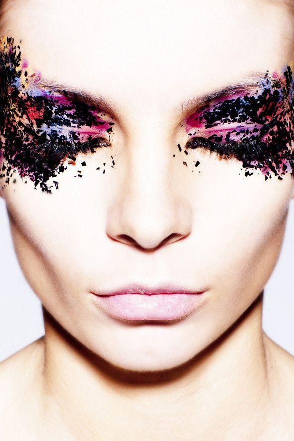 ♥ pink-purple-black-creative-make-upFashion, Eye Makeup, Makeup Art, Makeup Eye, Eyemakeup, Beautiful Shots, Hair, Black, Glitter Eye