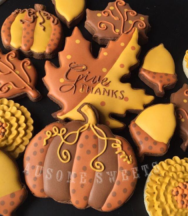 Testing out a chocolate recipe. #ausomesweets #sugarcookies #decoratedcookies #customcookies #fall #fallcookies #pumpkincookies #friscotx #friscobakery