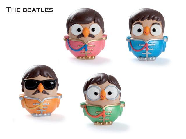 Questi 4 simpatici gufi ideati da Egan sono un'ironica imitazione della celebre band inglese The Beatles, che fece impazzire migliaia di giovanni tra gli anni '60 e '70. Prezzo: € 79,20. Visita il nostro sito  www.righouse.it per scoprire altri incredibili prodotti nel nostro shop on-line.