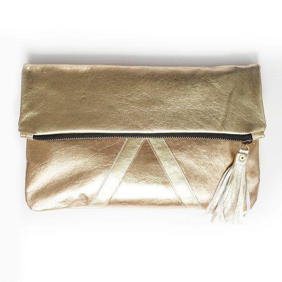Pochette in pelle oro metallico ripiegabile di gmaloudesigns