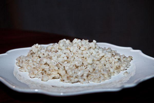 Каши - это основная еда в пост и по калорийности, и по содержанию витаминов и микроэлементов... Да и это просто очень вкусно!!!Одна каша у нас незаслуженно забыта или охаяна. А только вслушайтес…