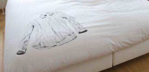 Witte was op bed  wit, was, hemd, overhemd, bloes, beddengoed, bed, dekbed…