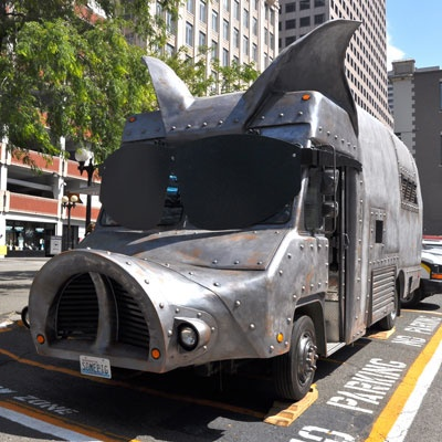 Maximus Minimus {food truck in Seattle}...I could go for one of their pulled pork sandwiches right about now.