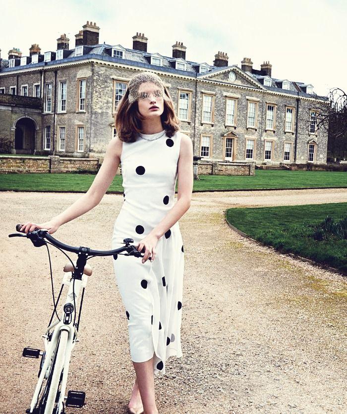 """ Lara Mullen photographed by Pamela Hanson at Althorp House for Harper's Bazaar UK"""
