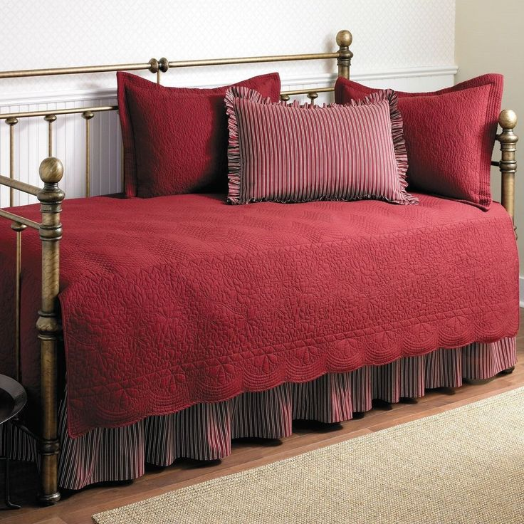 twin size 5piece daybed cover ensemble quilt set in scarlet red cotton