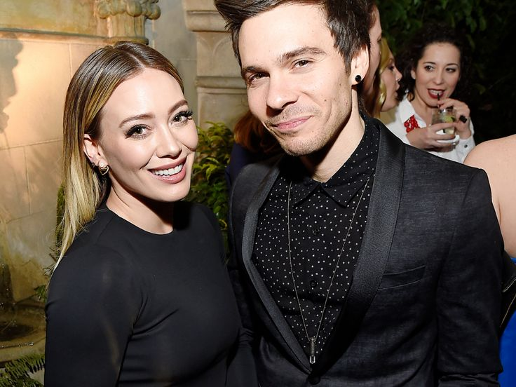 Hilary Duff Makes It Red Carpet Official With New Boyfriend  http://www.refinery29.com/2017/01/138330/hilary-duff-red-carpet-matthew-koma?utm_source=feed&utm_medium=rss