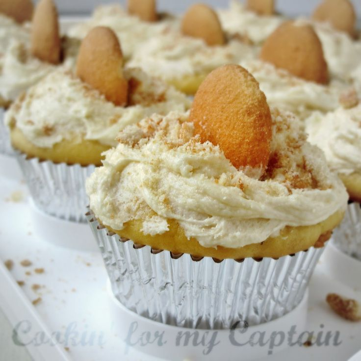 Cookin' for my Captain: Banana Pudding Cupcakes