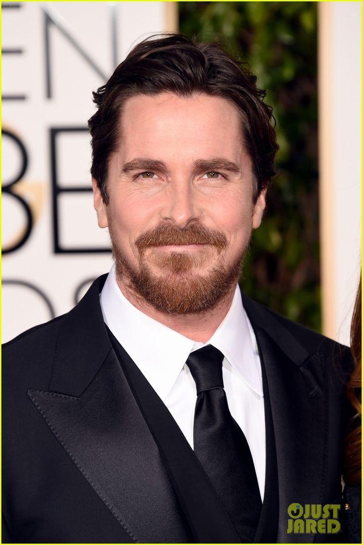 Christian Bale Sports Some Sexy Scruff at Golden Globes 2016 | christian bale 2016 golden globes 03 - Photo