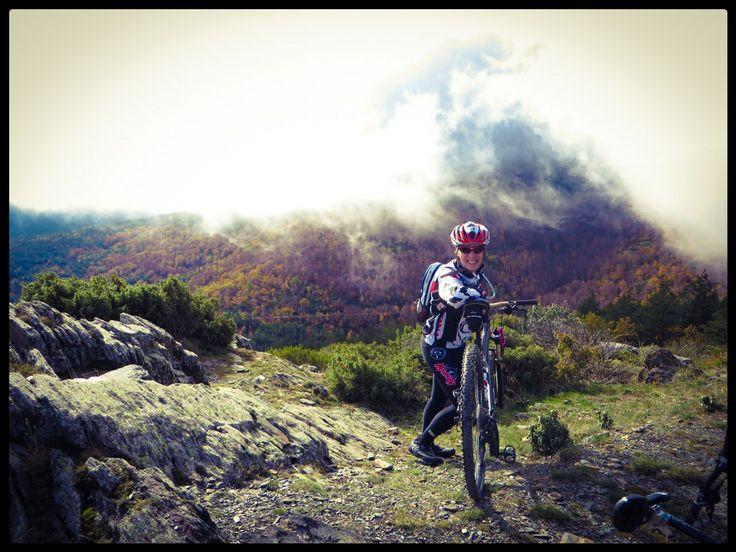 Hayedo de Tejera Negra en Cantaloja  Con mi bici TREK CALI SL