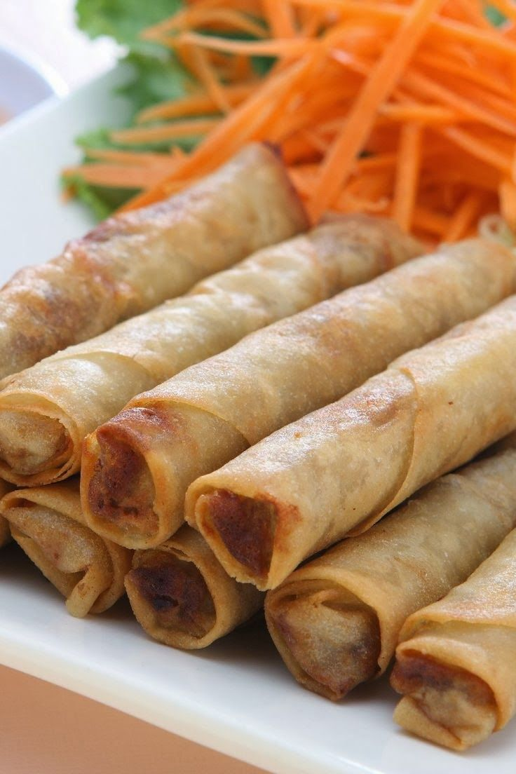 Filipino Lumpia ~ This is a traditional Filipino dish. It is the Filipino version of the egg rolls. It can be served as a side dish or as an appetizer..