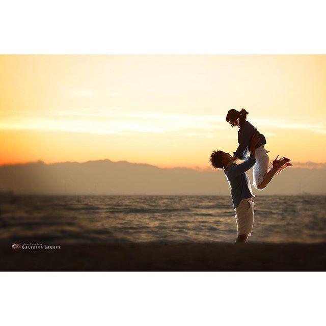 【gb_ubuyashiki】さんのInstagramをピンしています。 《幸せの躍動! . . #ブライダル#gb#名古屋前撮り#スタジオ前撮り#ロケーション前撮り#photo#夕焼け#写真好きな人と繋がりたい#ルージュブラン#笑顔#日本中の花嫁さんと繋がりたい#ブライダルヘア#花嫁#卒花#結婚準備#ヘアメイク#プレ花嫁#結婚式#撮影#ウェディングニュース#galeriesbruges#ギャルリーブルージュ#photovelcafe#ブラス#前撮り#marry花嫁図鑑#2017花嫁#2017春婚 #海ロケ#海》