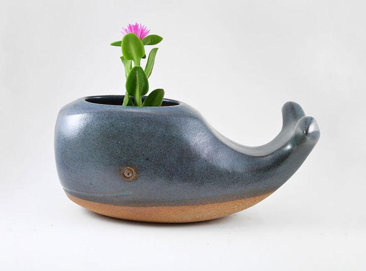 These warm, cute little ceramic planters by Priscilla Ramos, a potter based in Sao Paulo, Brazil, are the perfect way to make your home a cuter and greener place.