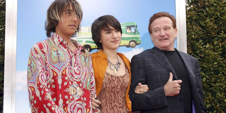 robin williams and kids | robin-williams-set-up-a-3-part-trust-fund-for-his-kids-amid-money ...