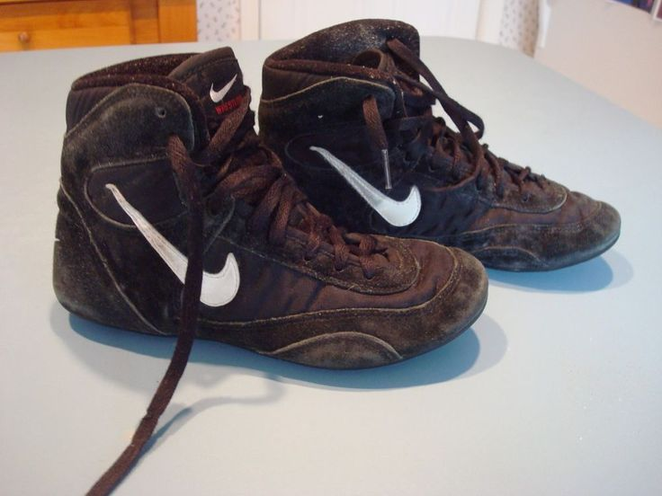 Nike speedsweeps rare og size 6 youth wrestling shoes black worn by games  dean