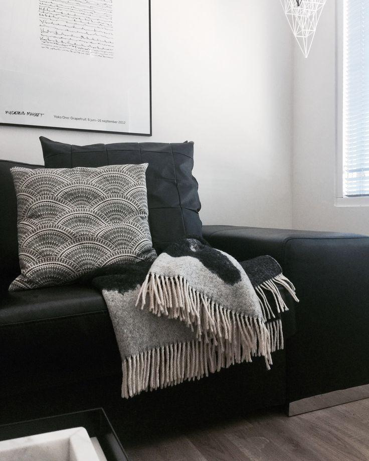 Livingroom Details.
