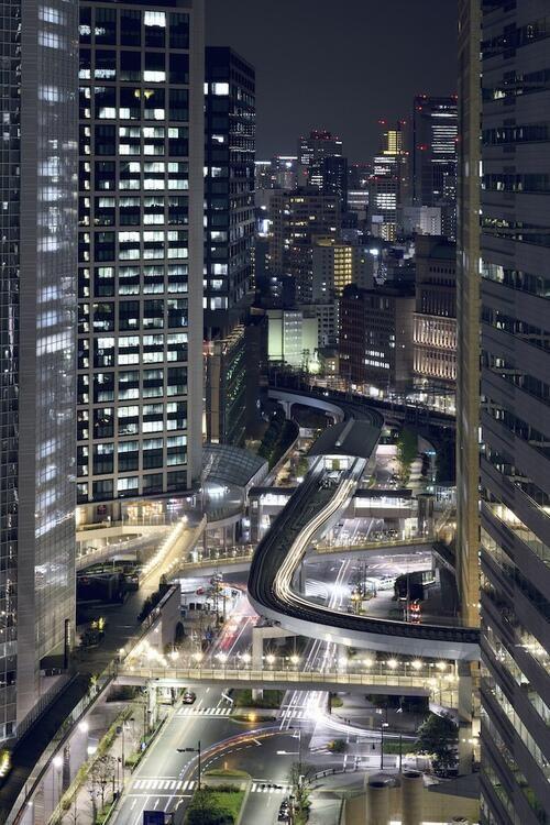Vista de Shiodome, Tokyo - Japón. pic.twitter.com/OxSmCLfOcg
