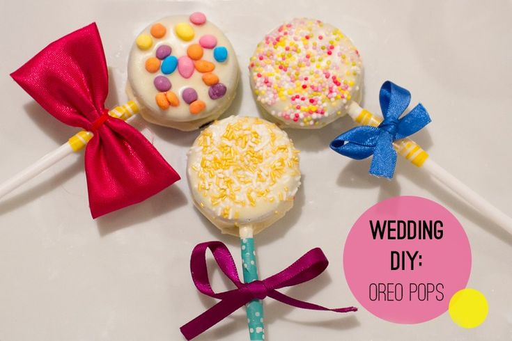 We are a wedding blog that loves a good DIY! Making your own favours can be a great personal touch to your wedding and these Oreo pops are yum!