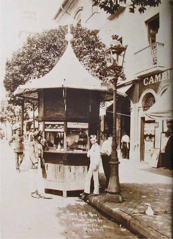 Quiosque na Praça XV em 1911