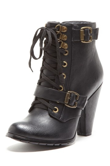 Lace Up Bootie / pinky