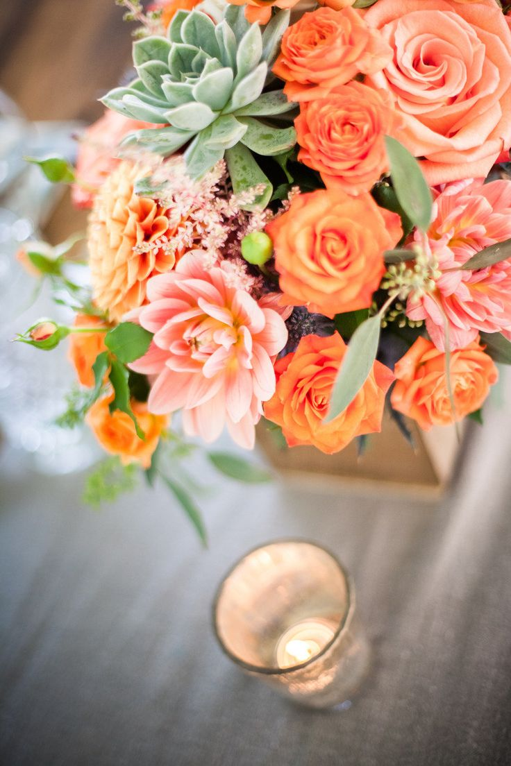 lovely orange bouquet Photography By / http://robinoneillphotography.com