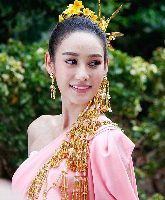 Thailand lady xx, julie marie berman naked