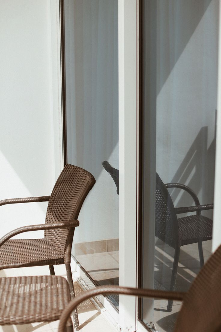 die besten 25 holzpaneele wand ideen auf pinterest raumtrenner tangled zimmer und spr hfarbe. Black Bedroom Furniture Sets. Home Design Ideas